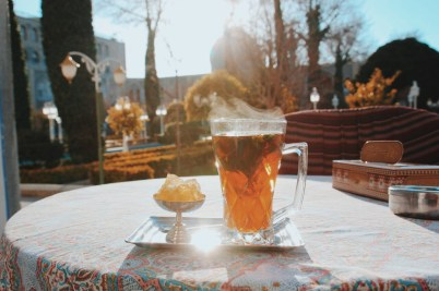 herbata w hotelu Abbasi
