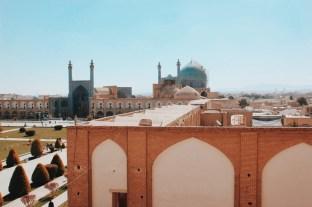 widok na plac imama z Pałacu Ali Qapu