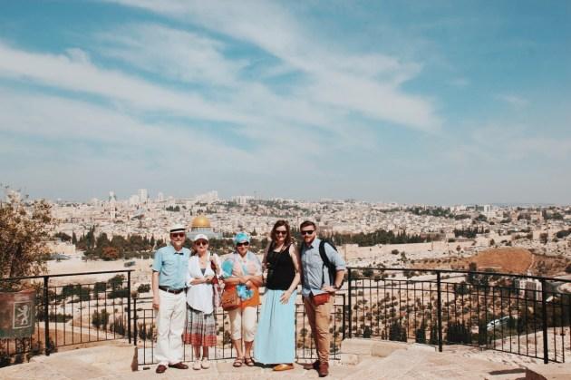 Na Górze Oliwnej wraz z Magdaleną, mamą, i naszymi świadkami - Anią oraz Jerzym