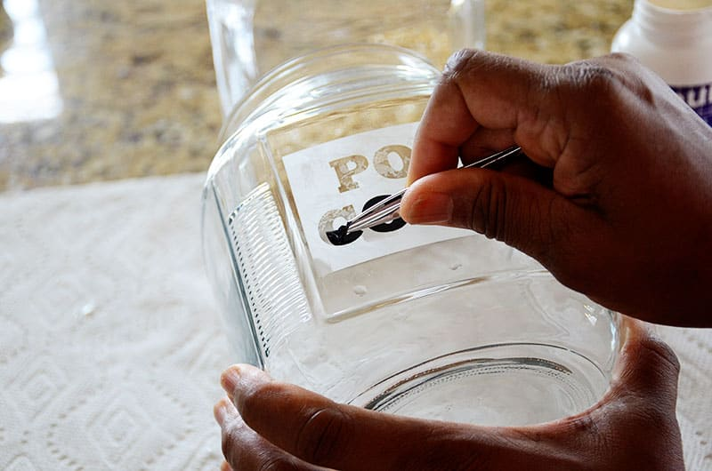 remove vinyl from etched glass jars