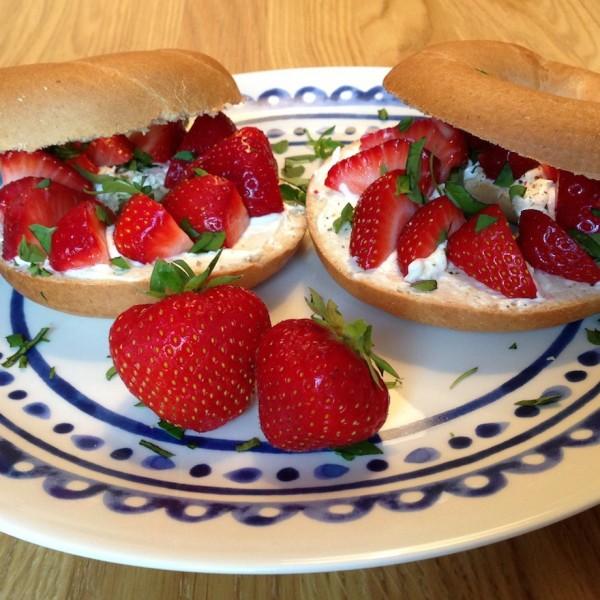 aardbeien-bagels1