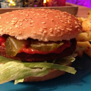 vega-burger-met-country-ketchup7