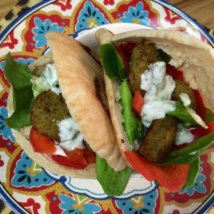 pita falafel (yoghurt muntsaus)33
