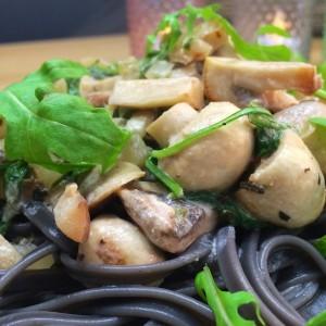 zwarte pasta funghi2