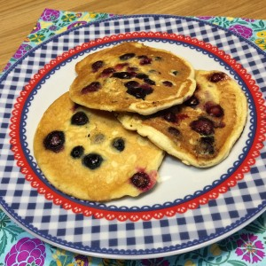 American blueberry pancakes1