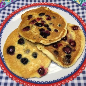 American blueberry pancakes2