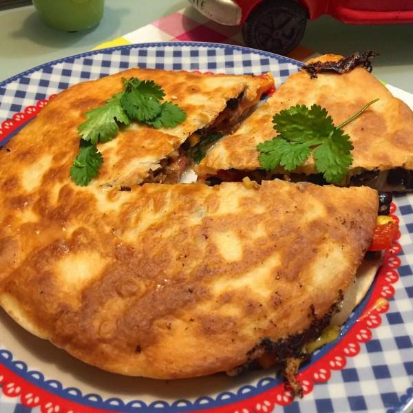 gevulde-quesadilla1