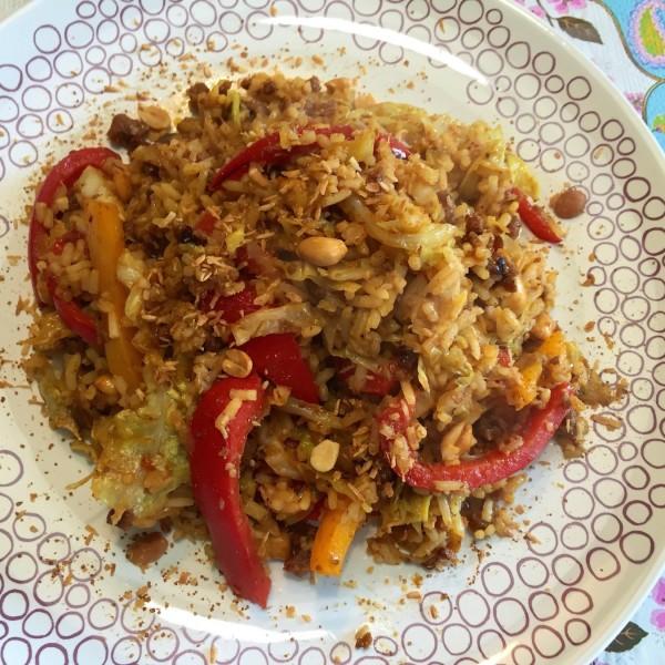 pittige-pinda-rijstschotel2