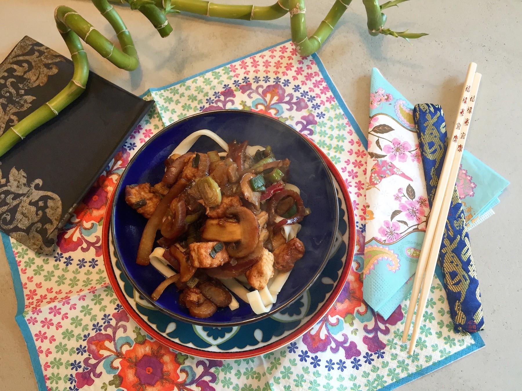 voorbeeld Ketjap noedels met champignons