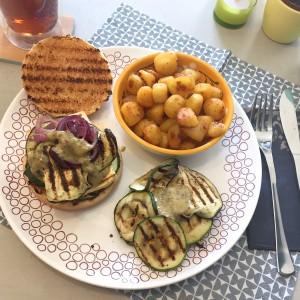 Zelfgemaakte tofuburger