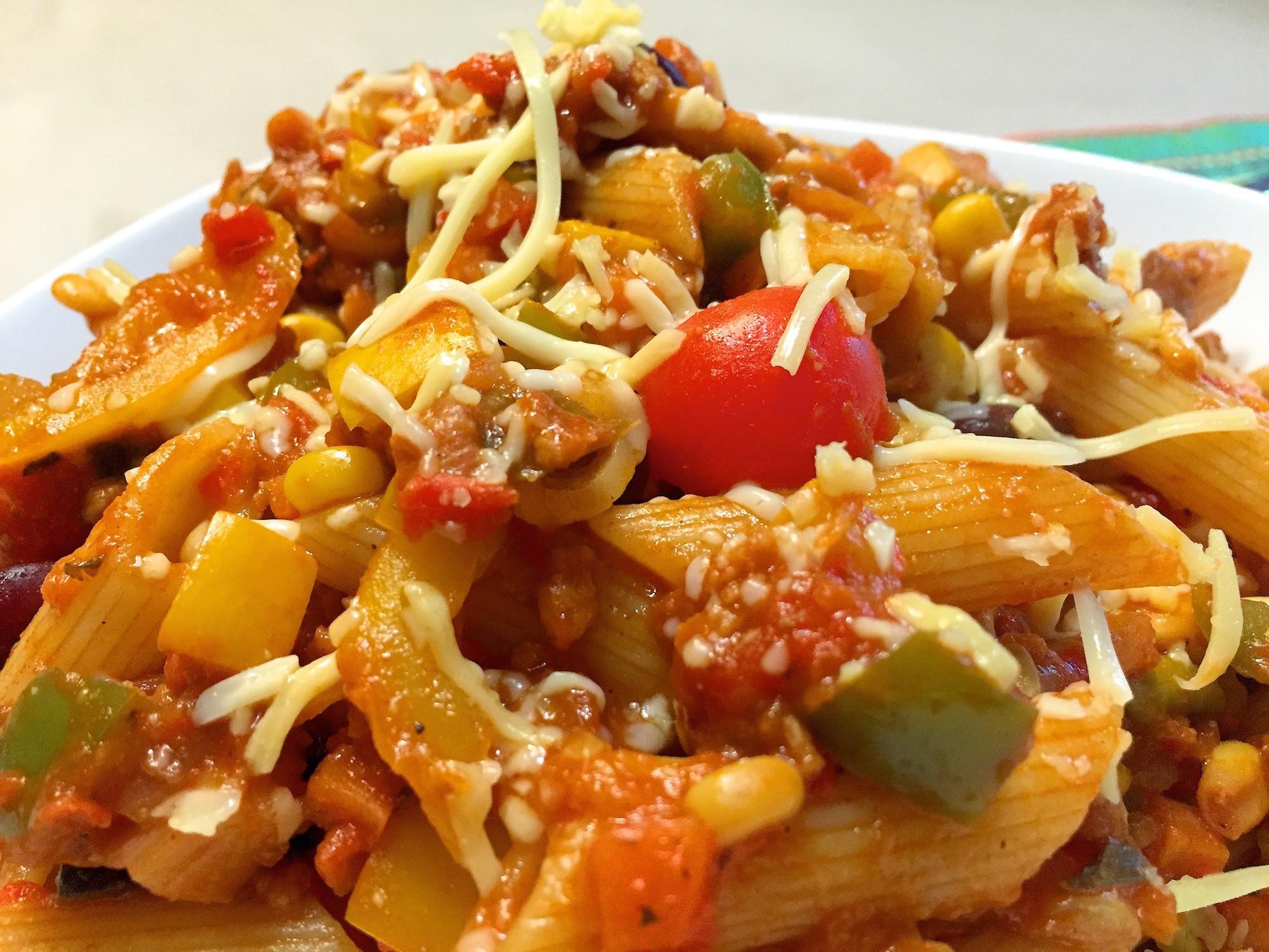 mexicaanse pasta met kidneybonen