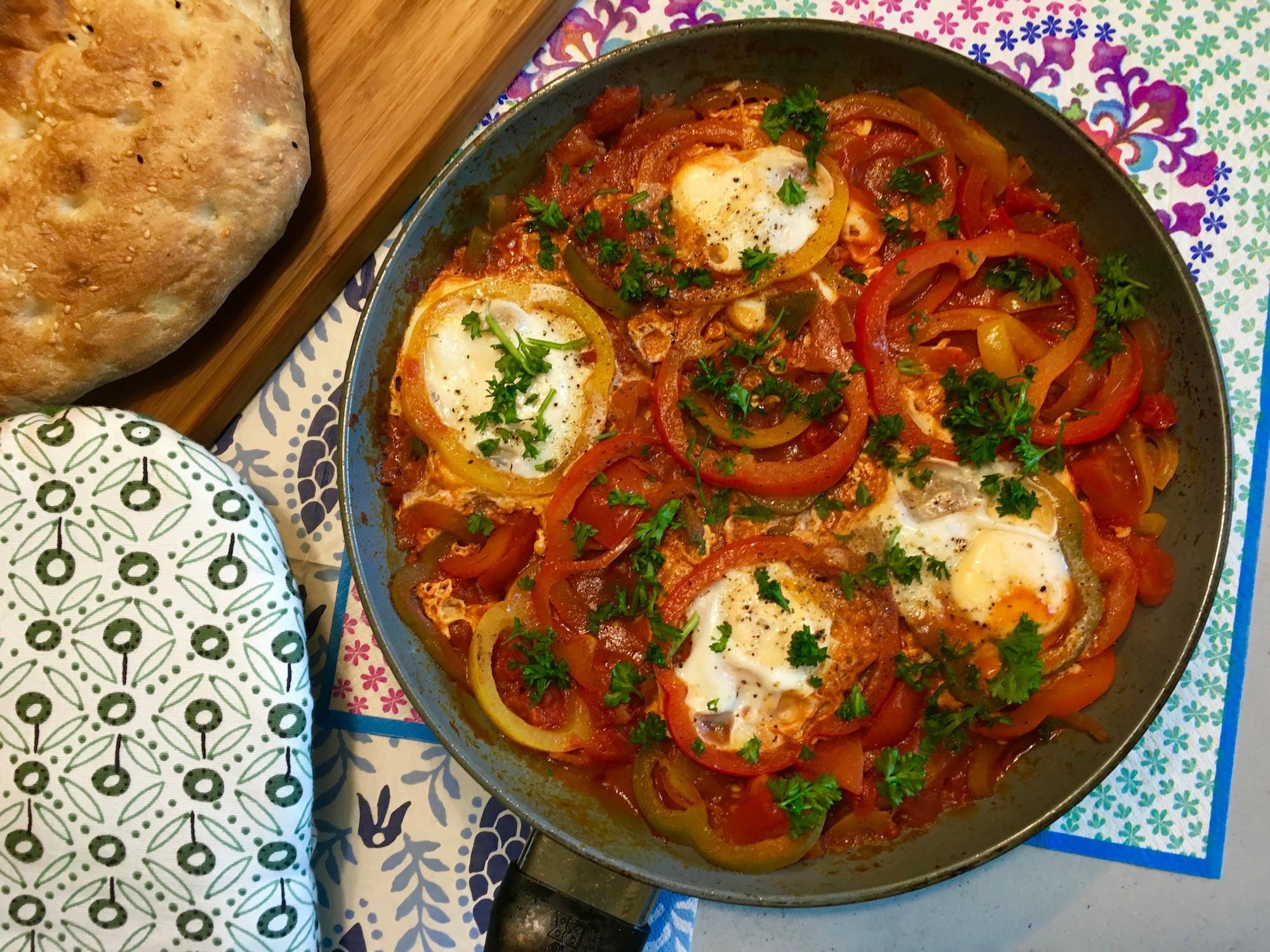Lekkere Turkse eieren met brood