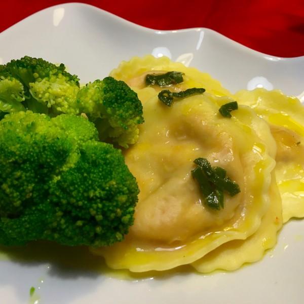 Lekkere Verse pasta met saffraan-botersaus