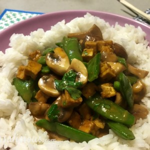 Thaise Champignons met tofu en curry