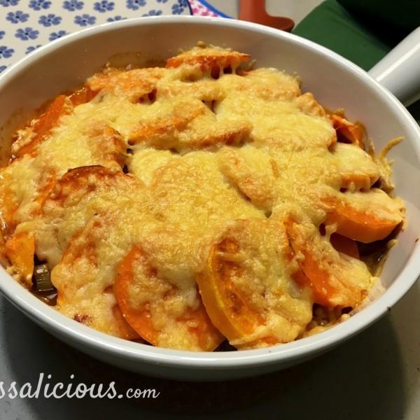 Gegratineerde Zoete aardappel pie uit de oven