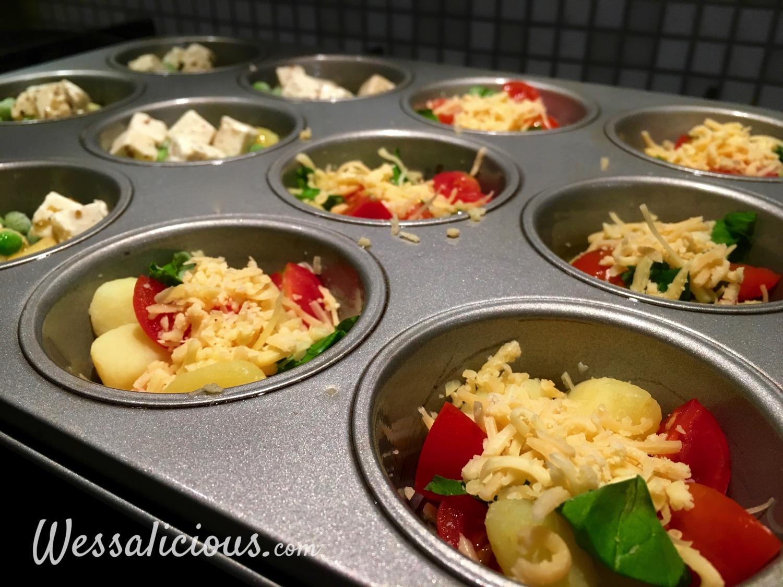 tomaat, kaas en basilicum in een bakvorm