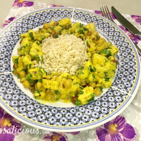 Indiase bloemkoolcurry met ananas