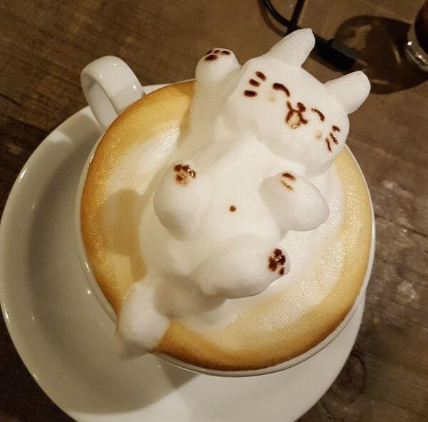 3D latte art Lucky Cat