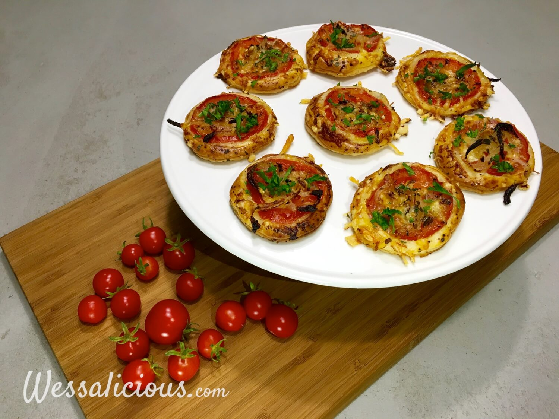 Lekkere bladerdeeg hapjes van tomaat