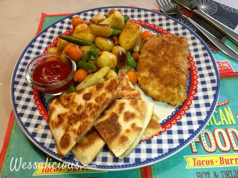 Cajun aardappelschotel met quesadilla's en paprika