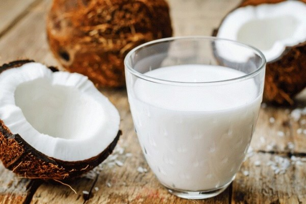 Kokosmelk en kokosnoot
