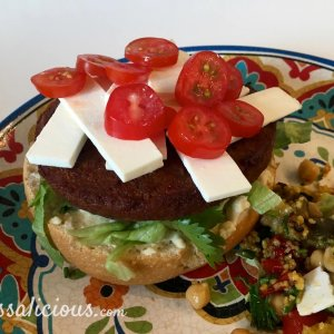 Voorbereiding Marokkaanse hamburger met feta
