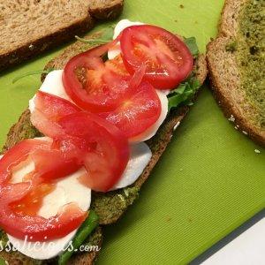 voorbereiding Mozzarella clubsandwich