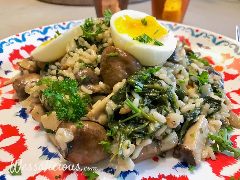 Paddenstoelen-risotto met een zachtgekookt eitje