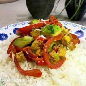 Hawaïaanse poke (vegetarisch) met avocado