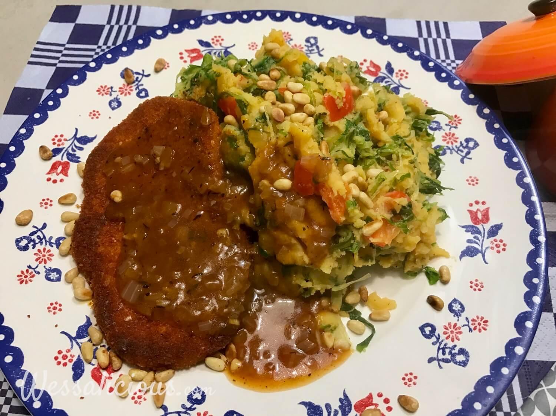 Andijviestamppot van zoete aardappel en vega schnitzel