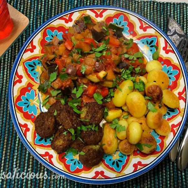 Arabische Râs al hânout aardappeltjes met falafel
