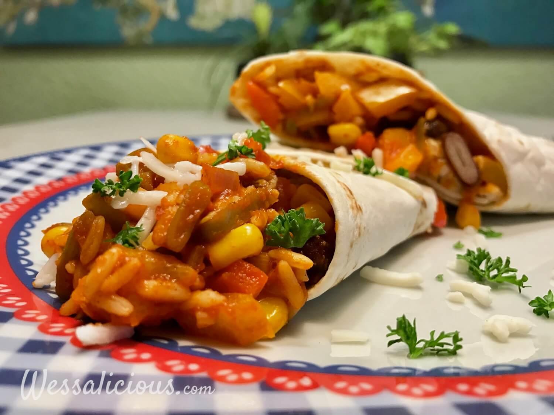 Vegetarische Mexicaanse wraps gevuld met rijst