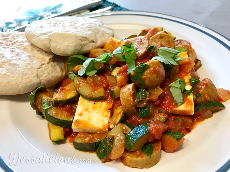 Griekse Gegrilde Halloumi met tomaat