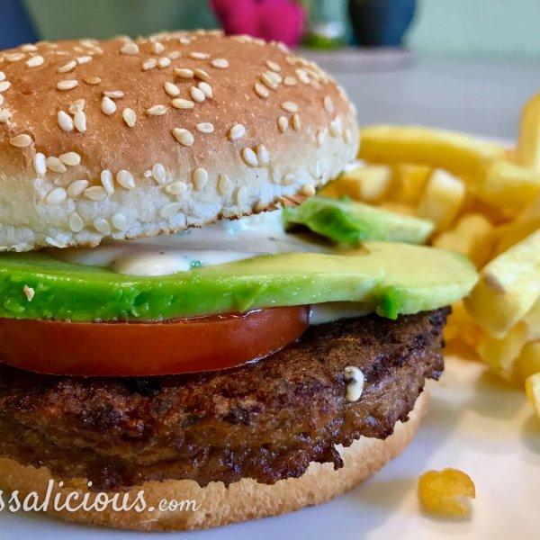 Lekkere Aavocado burger