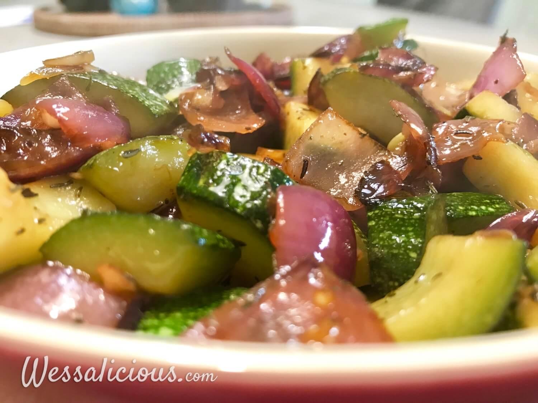 vegetarische geroosterde groentenschotel bijgerecht