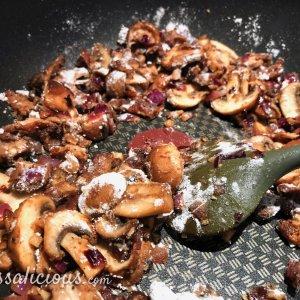 bospaddenstoelen basis saus