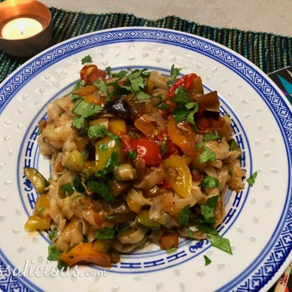 Wokgerecht met rijstnoedels