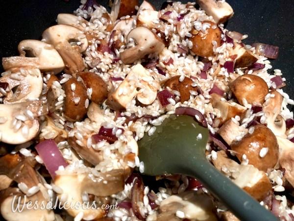Voorbereiding Romige Risotto met truffel en champignons
