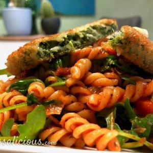 Fusilli met zongedroogde tomaten