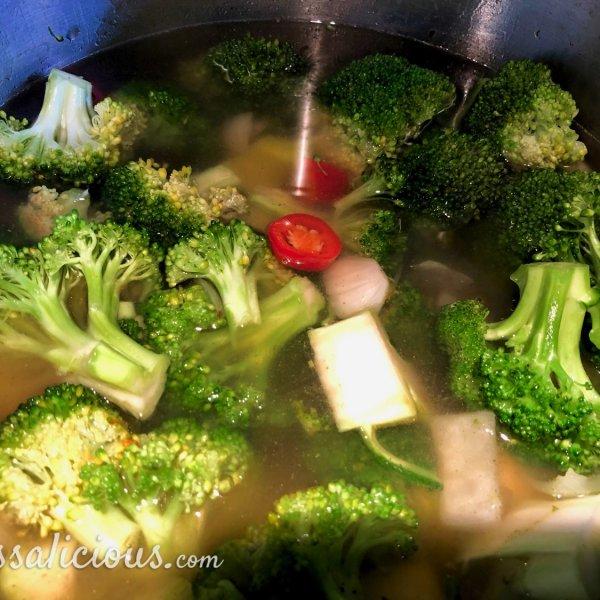 voorbereiding Broccolisoep met brie-broodjes