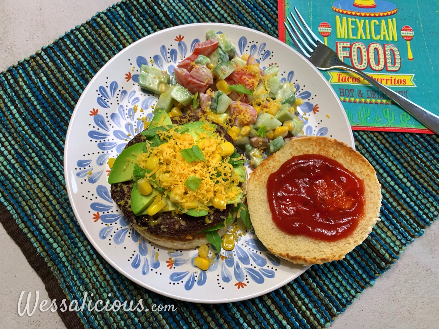 Vegetarische Mexicaanse burger met avocado