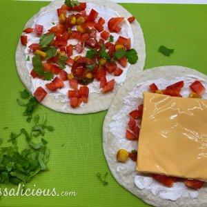 voorbereiding Airfryer Quesadilla's