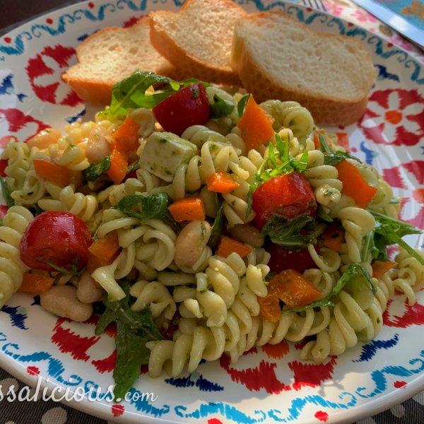 Koude pastasalade met cannellini bonen