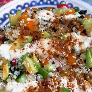 Vegetarische sushi-salade