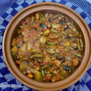 Groenten van Sperziebonen ovenschotel met puree en abrikoos