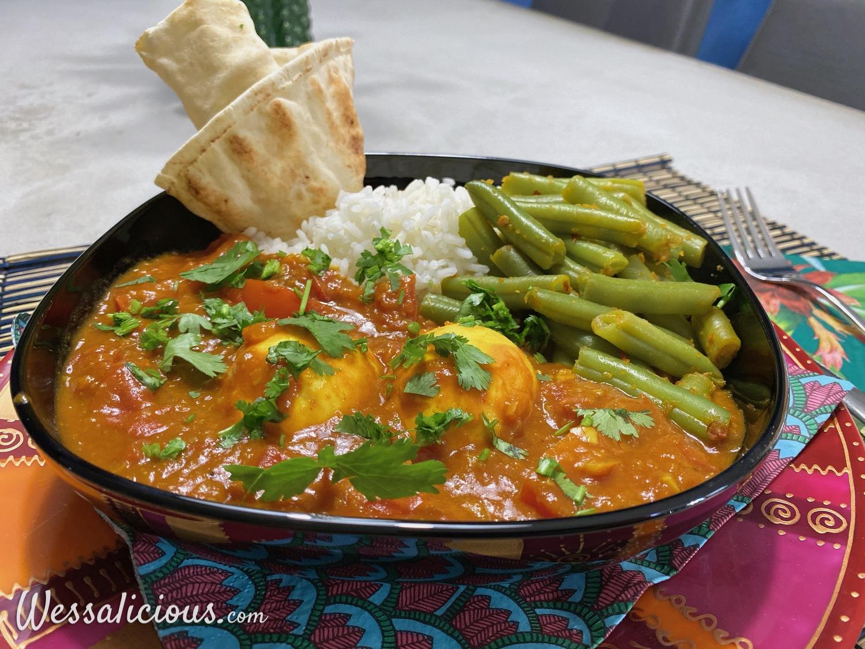 Pittige vegetarische curry met ei