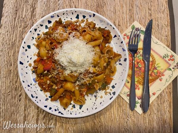Pasta met champignonbolognese-saus