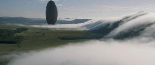 An zwölf verschiedenen Orten auf der Erde landen diese eiförmigen Flugobjekte.