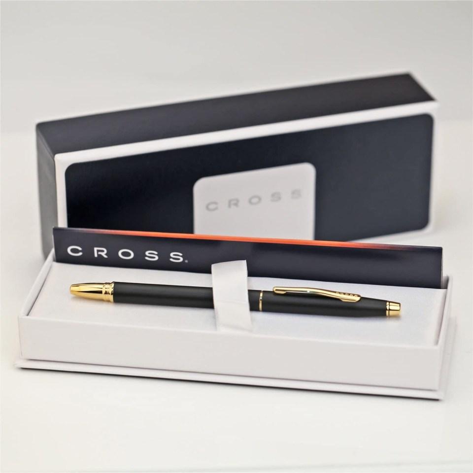 cross century classic gold and black pen
