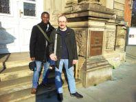 Auf diesem Foto: Akoété Agossou Agboyibo zusammen mit seinem Betreuer Dr. Günter Rinke (Germanistik, Europa-Universität Flensburg